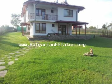 A new luxuriously furnished house for sale in the picturesque village of Pismenovo only 7 km from the beach and the town of Primorsko.