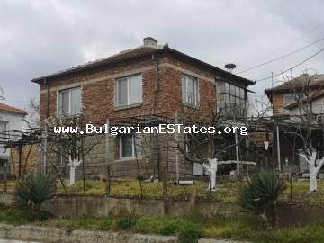 TOP OFFER!!! A massive house is for sale in Strandza mountains, village of Yasna Polyana, only 10 km away from the town of Primorsko and the sea.
