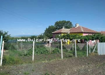 House for sale in the village of Krumovo gradishte, 55 km from Burgas and the sea.