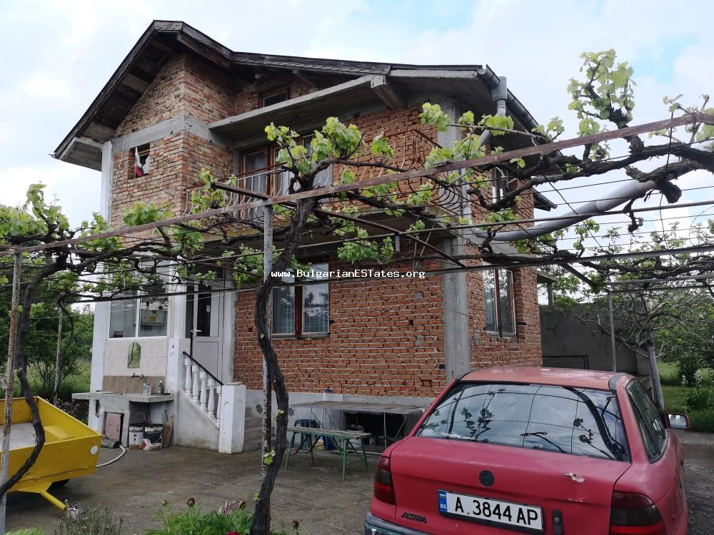 Massive two-storey house is for sale in the village of Mirolyubovo, 20 km from the city of Burgas and the sea.