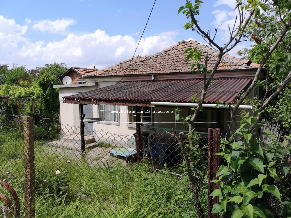 Old house is for sale with a large yard in the village of Alexandrovo, 8 km from the sea and Sunny Beach and 25 km from Burgas.