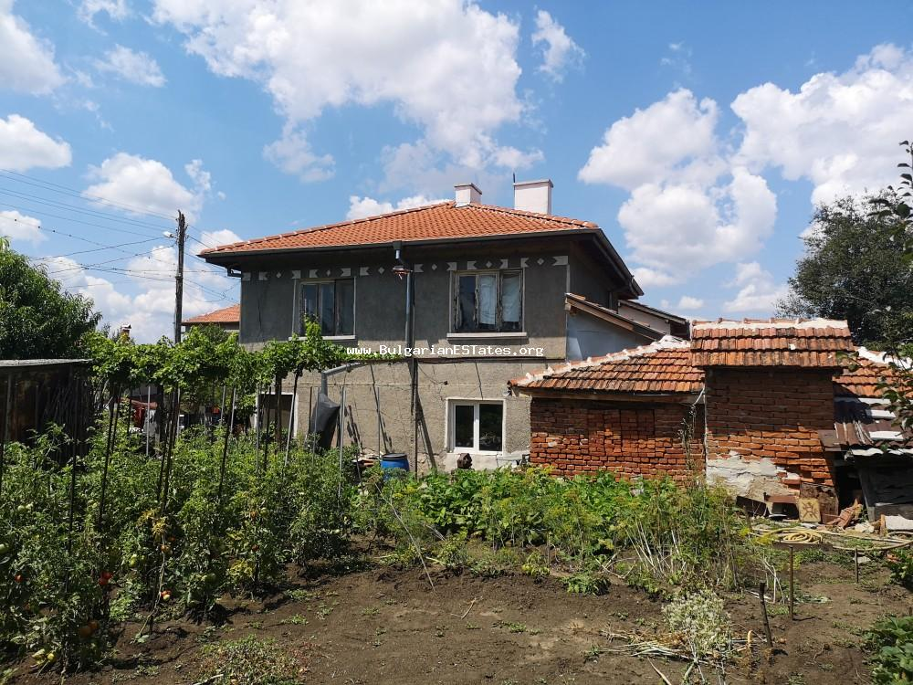 TOP OFFER. Massive, renovated house is for sale in the town of Sredets, just 25 km from Burgas and the sea.