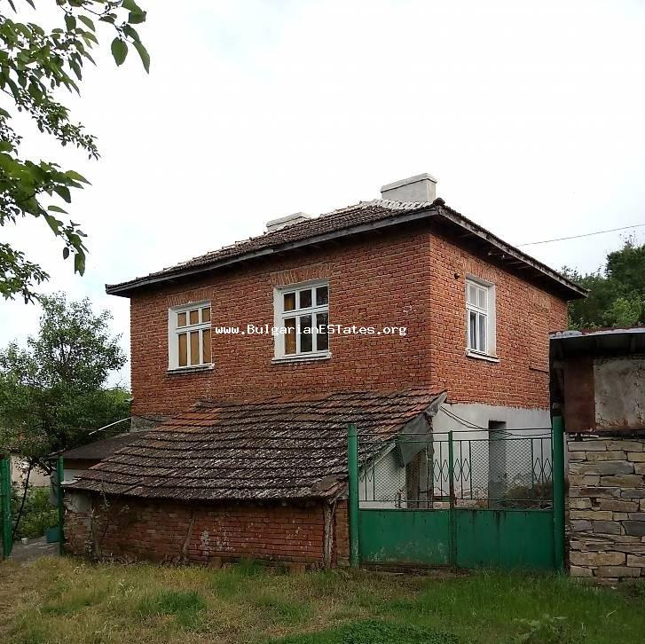 A residential building is offered for sale affordably in the village of Prokhod, about 40 km south-west of the city of Burgas and 10 km from the town of Sredets.