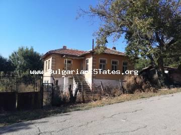 Two-storey house is for sale in the village of Kubadin, 50 km from Bourgas.