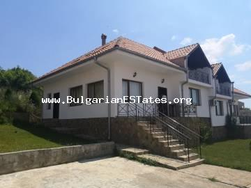 New house with sea views in Kosharitsa, just 3 km from resort Sunny Beach and the sea.