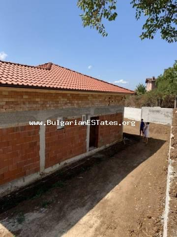 We offer for sale a new house in the village of Ravadinovo, only 3 km from the sea, 6 km from the city of Sozopol and 30 km from the city of Burgas!!!
