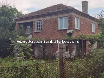 We offer for sale a massive two-storey house in the village of Momina Tsarkva, only 60 km from the city of Burgas and the sea.