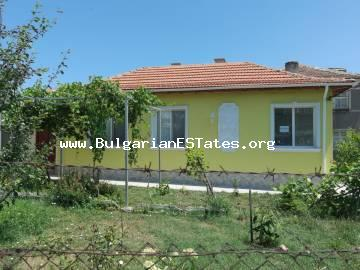 Renovated house is for sale in the village of Izvor, just 13 km from the city of Burgas and the sea.