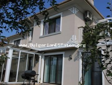 Real Estate in Bulgaria. Luxury villa for sale in a gated complex one kilometer from the sea and Sarafovo district, Burgas.